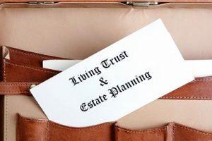 advantages and disadvantages of a living trust